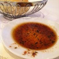 Das Foto wurde bei BRAVO! Cucina Italiana von Ana B. am 2/22/2012 aufgenommen