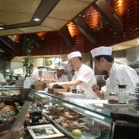 Снимок сделан в Sushi Den пользователем Bob L. 8/16/2012
