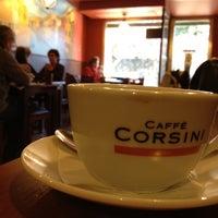 Foto tomada en Caffé Corsini por Carlos D. el 7/27/2012