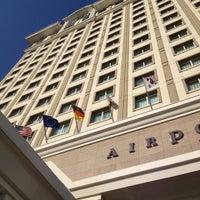 Снимок сделан в WOW Istanbul Hotels & Convention Center пользователем Gianfranco G. 6/25/2012