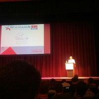 Foto tomada en Lisner Auditorium por Jan A. el 7/14/2012