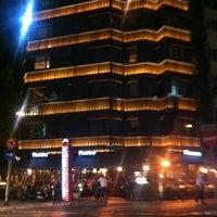 Das Foto wurde bei Faros Restaurant von Muhteshem L. am 5/5/2012 aufgenommen