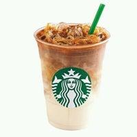 Photo prise au Starbucks par George M. le4/5/2012