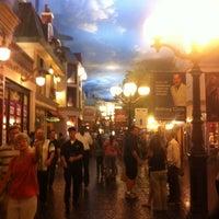 Foto scattata a Le Village Buffet da Jayp il 8/6/2012