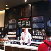 Снимок сделан в Stumptown Coffee Roasters пользователем Jake N. 5/3/2012