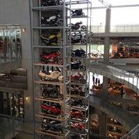 Foto scattata a Barber Vintage Motorsports Museum da John E. il 3/31/2012