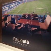 Photo prise au Real Café Bernabéu par Carlos C. le2/15/2012