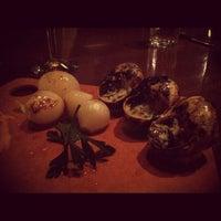 Photo prise au Le Grand Bistro & Oyster Bar par Brad B. le9/3/2012