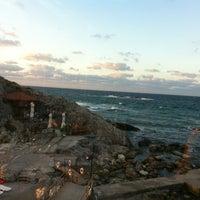 Foto diambil di İyot Restaurant oleh Onur U. pada 9/3/2012