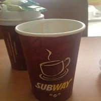 Foto diambil di Subway oleh Татьяна В. pada 4/13/2012