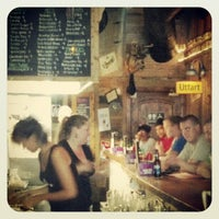 6/11/2012 tarihinde Kevin B.ziyaretçi tarafından Jack Brown's Beer & Burger Joint'de çekilen fotoğraf
