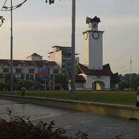 Foto tirada no(a) Dataran Nilai por Nordiana S. em 9/10/2012