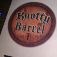 Foto scattata a Knotty Barrel da Juan il 3/27/2012