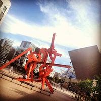 Foto tirada no(a) Denver Art Museum por Ricky P. em 7/19/2012