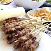 รูปภาพถ่ายที่ Topçu Restaurant โดย Volkan O. เมื่อ 6/11/2012