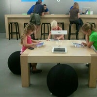 make an appointment at genius bar park meadows