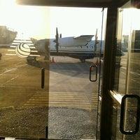 Foto tomada en FBO Aerocardal por Juan S. el 4/16/2012