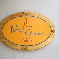 Foto tomada en Pierrot Gourmet por Mary A H. el 6/30/2012