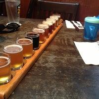 8/19/2012にJosh T.がPortsmouth Breweryで撮った写真