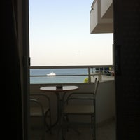 Das Foto wurde bei Palatino Hotel von Raluca M. am 8/7/2012 aufgenommen