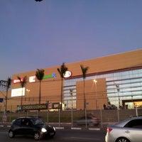 Foto scattata a Parque Shopping Barueri da Francisco G. il 7/21/2012