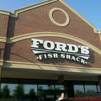 Снимок сделан в Ford's Fish Shack пользователем Robert M. 7/19/2012