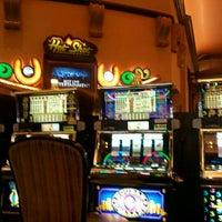รูปภาพถ่ายที่ Horseshoe Hammond Casino โดย Lou C. เมื่อ 2/18/2012