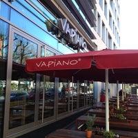 Das Foto wurde bei Vapiano von Dina4 w. am 4/1/2012 aufgenommen