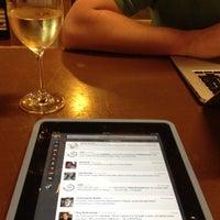 Das Foto wurde bei Market Street Coffee von Carrie N. am 8/14/2012 aufgenommen