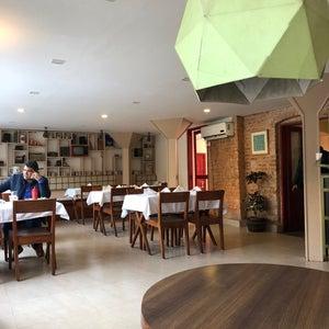 nanglo Cafe & Pub