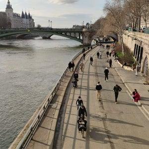 Berges de Seine �??Rive droite
