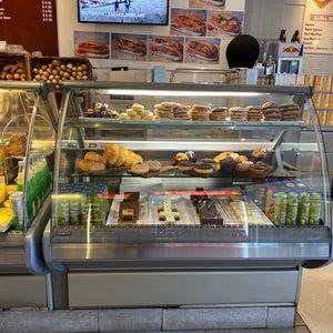 N. Lee Bakery Cafe