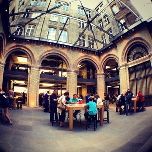 Apple Covent Garden