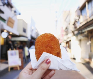 「谷根千」で日本らしい下町の風情と海外の空気を感じる旅