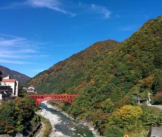 自然の絶景と温泉で心満たされる富山の旅