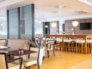 Hotel Holiday Inn Express Nearby Amsterdam In The Netherlands 10 Reviews Address Website Maps Me
