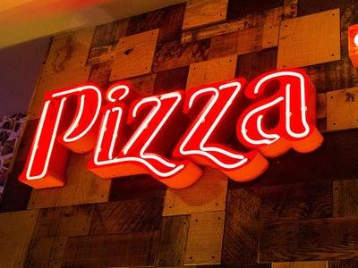 Pizza Hut In Crigglestone England United Kingdom Online Guide