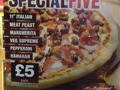 Pizza Hut Delivery In Warfield England United Kingdom