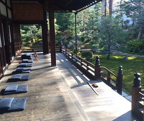 心を癒したいあなたに。早朝の京都で、「禅の精神」に触れる旅