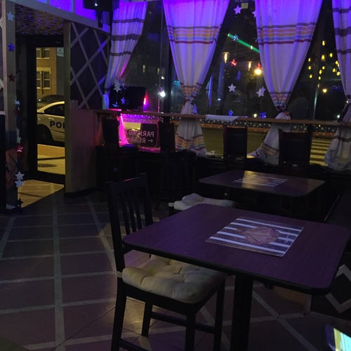 Betty's Gojo Restaurant & Lounge-Hooka Bar