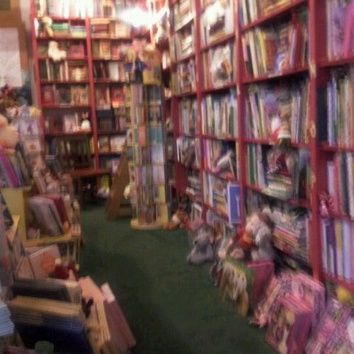 Lemuria Book Store