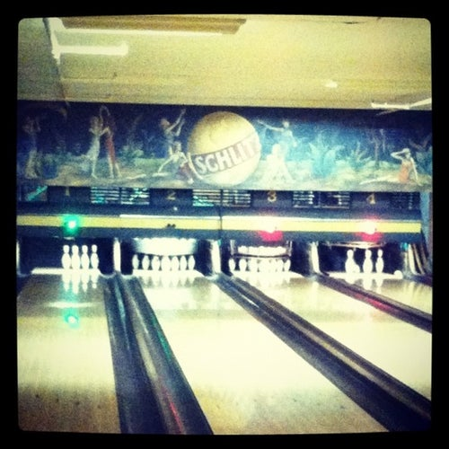 Southport Lanes & Billiards