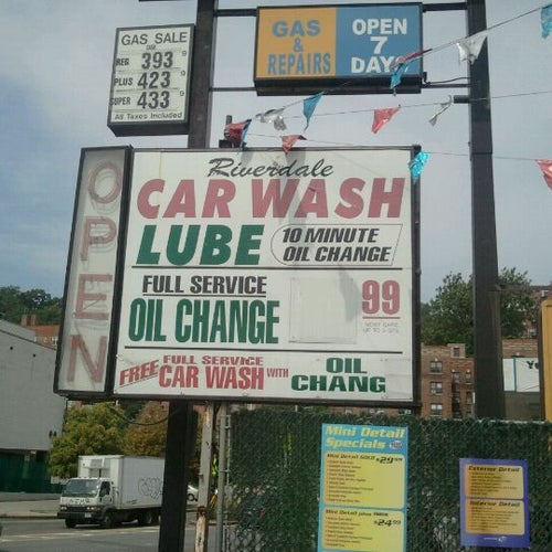 Riverdale Car Wash