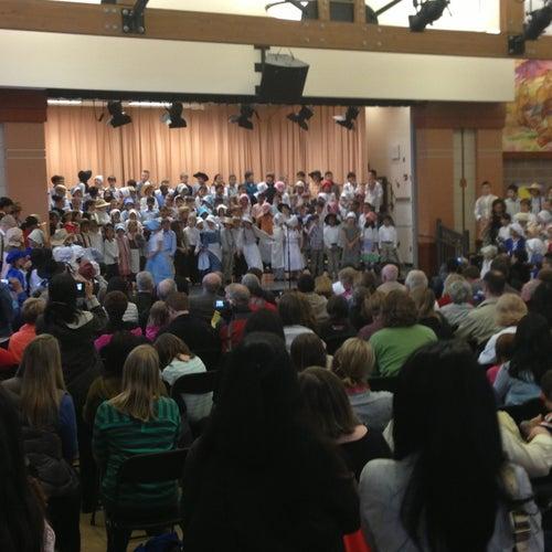 Grand Ridge Elementary
