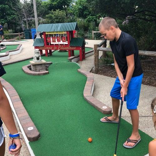City Mini Golf