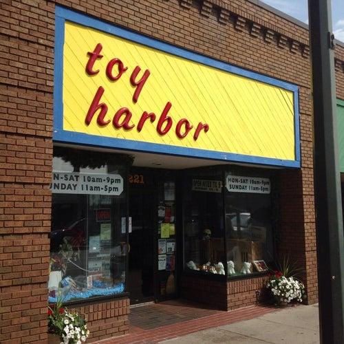 Toy Harbor