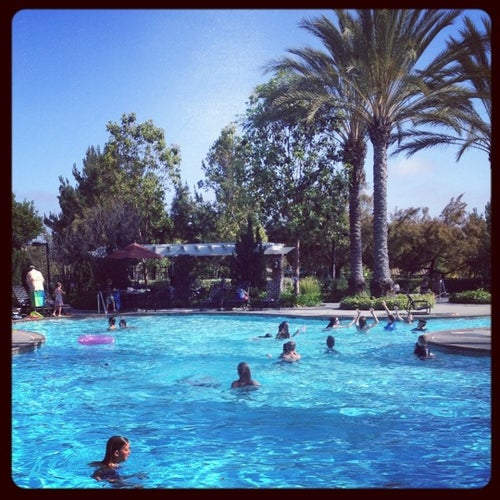 Flintridge Pool