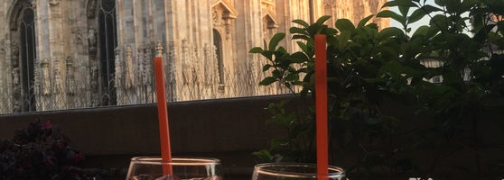 Terrazza Aperol Cocktail Bar In Duomo