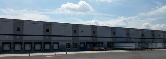 Amazon Fulfillment EWR6 - Warehouse