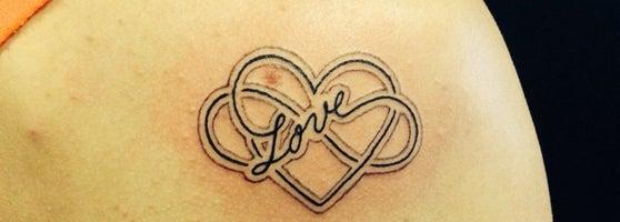 Tattoo Bjorn Tattoo Parlor In Sint Anna